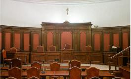 Indagata ex cancelliera del tribunale
