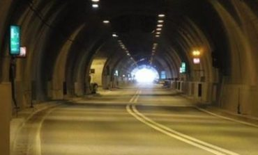 Traffico: chiusa la galleria di Montenero