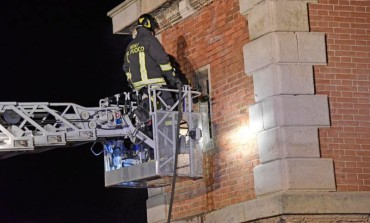 Porto: torretta medicea in fiamme