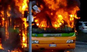 In fiamme Bus di Ctt Nord al Gabbro