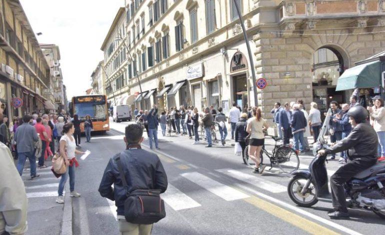 Scoppia la protesta dei commercianti di via Marradi