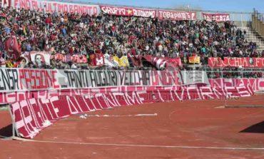 Livorno - Carrarese, l'appello dei clubs