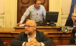 Nogarin snobba i consiglieri ed è polemica tra i Cinque Stelle