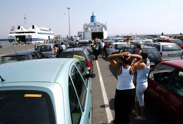 Tamponi gratis nei porti e nelle stazioni della Toscana