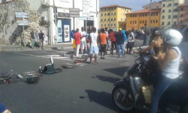 Protesta degli immigrati in Venezia: traffico bloccato per oltre un'ora