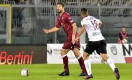 Livorno Arezzo 1-1 Nemmeno in 11 contro 9!