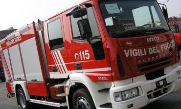 Incendio a Colline: palazzo evacuato