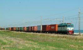 Porto, cresce il trasporto ferroviario sulla sponda est della Darsena Toscana