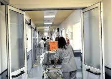 Ancora grave il 57enne colpito da meningite