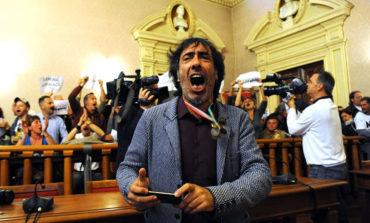 Satira politica sul mercato del Livorno