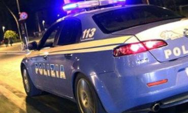 Ladri messi in fuga nella notte