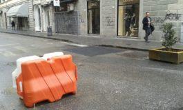 Danneggiata fioriera in via Ricasoli