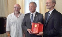 Al Prof.Paolo Dario il Premio Capperuccio