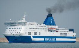 Paura per un incendio su un traghetto partito da Livorno