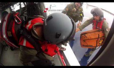 Infarto in navigazione, interviene l'elicottero (VIDEO)