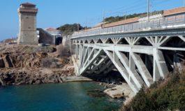 Lavori di manutenzione al ponte di Calafuria