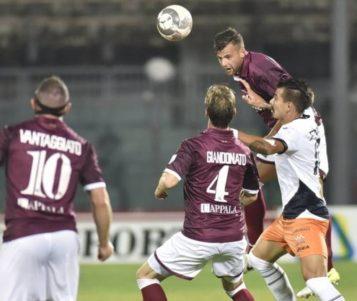 Livorno Pistoiese 2-0 Continua la Marcia in Testa