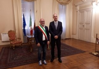 Il sindaco Nogarin riceve l'Ambasciatore d'Israele
