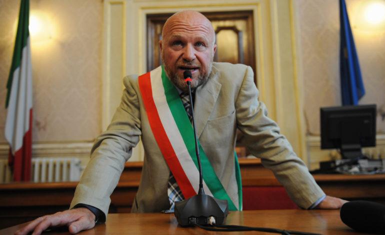 Il sindaco Nogarin indagato per turbativa d'asta