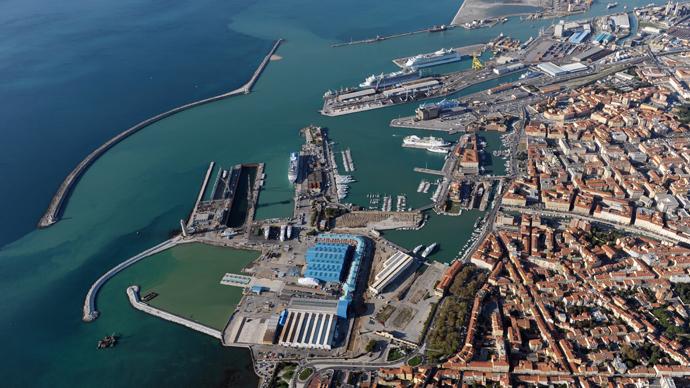 Rossi, Salvetti e Ferrari a Toninelli: un incontro urgente sui due porti