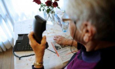 Anziana chiede aiuto ma la scambiano per un molestatore