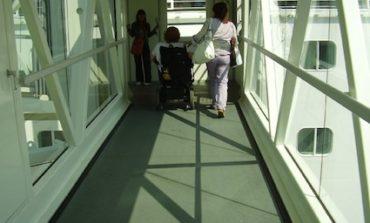 Crociere: al via servizio navetta per disabili