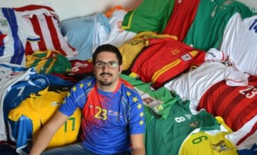 Calcio-mania, in mostra le maglie di tutte le nazionali