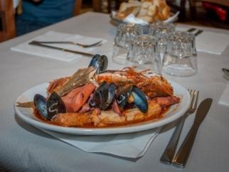 Livorno festeggia il re della cucina labronica : il Cacciucco
