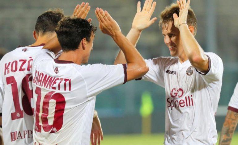 Il Livorno passa ai rigori in Coppa. Lucarelli: non era facile, ok l'impegno