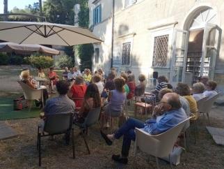 """""""La Bella Estate"""" con Sonia Filippi e il suo romanzo """"Fra passato e presente"""""""