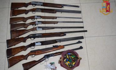 Ruba legna e minaccia coppia con fucile