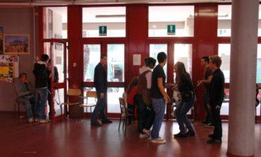 Le classi del liceo Enriques resteranno a Porta a Mare fino a giugno