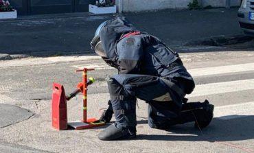 Falso pacco bomba, indagini in corso. L'autore rischia denuncia