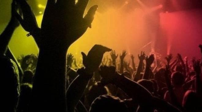 Rave party alla ex Delphi