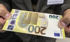 In arrivo le nuove banconote da 100 e 200 euro: saranno più piccole