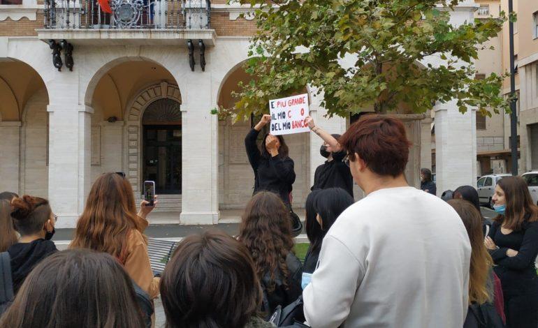 """Partecipazione allo sciopero degli studenti del Liceo Artistico """"Cecioni"""""""