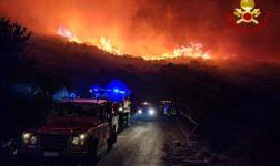 Incendio Isola d'Elba, fiamme sotto controllo